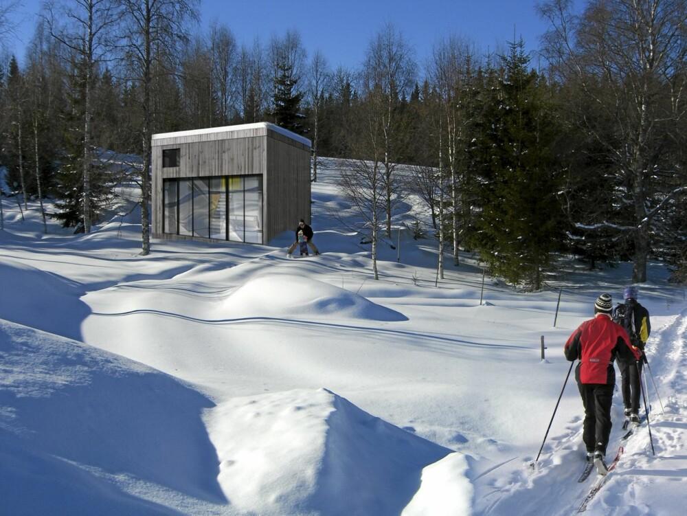 MED STOLTE FORBILDER: Blåtann-hyttene fra  NSW Arkitekter og Vikinghytter har en utradisjonell form, inspirert av norsk historie. Her er 830-modellen.