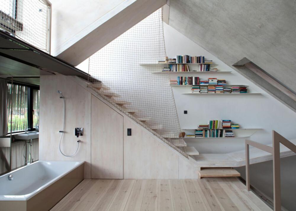 ULIKE SONER: Arkitektene delte huset inn i soner over rom, og slik er disse fordelt over alle husets etasjer.