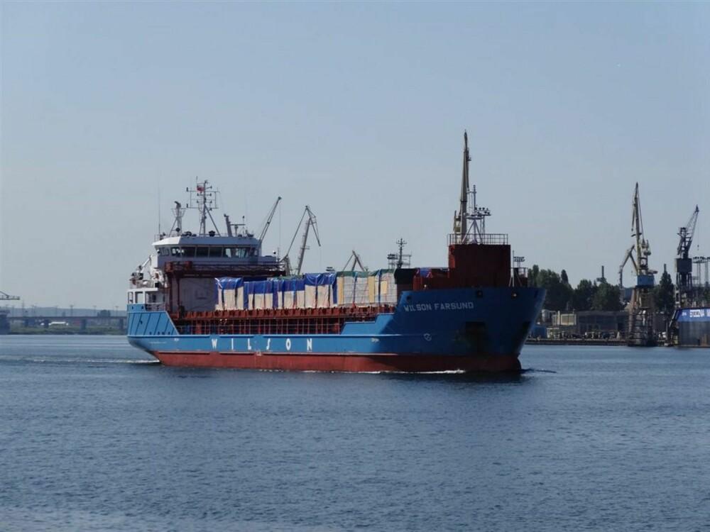 HUS PÅ BÅT: Modulhus fraktes nesten ferdige fra Øst-Europa.