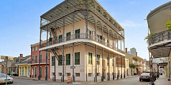 HUS MED MAKABER HISTORIE: Sultanens hus i det franske kvarter i New Orleans.