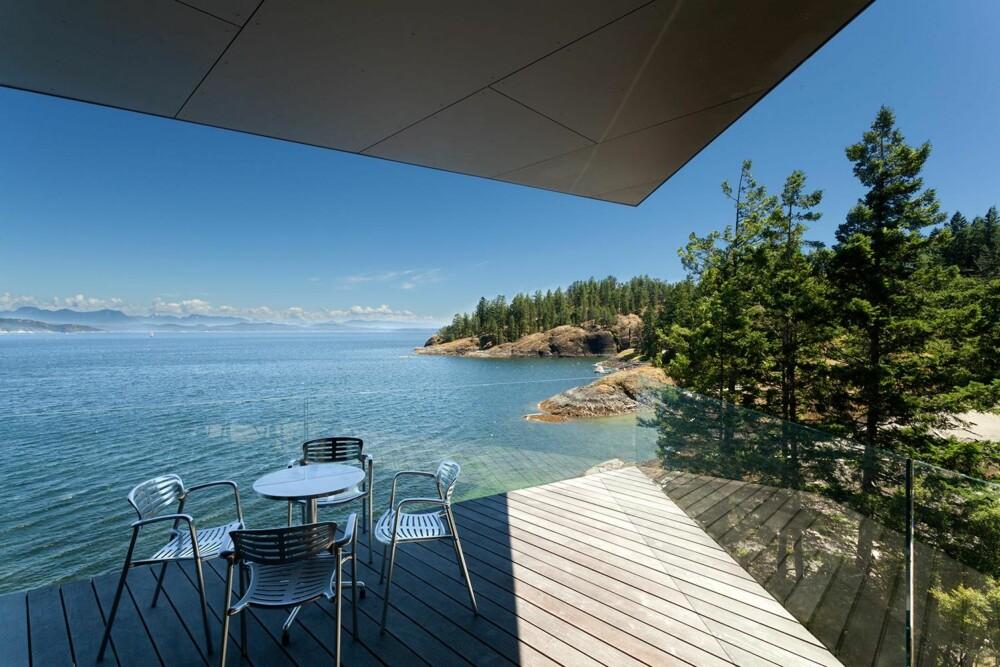 LUNSJ I DET FRI: Intet ille sted å nyte sin frokost eller lunsj. (FOTO: James Dow/Patkau architects)