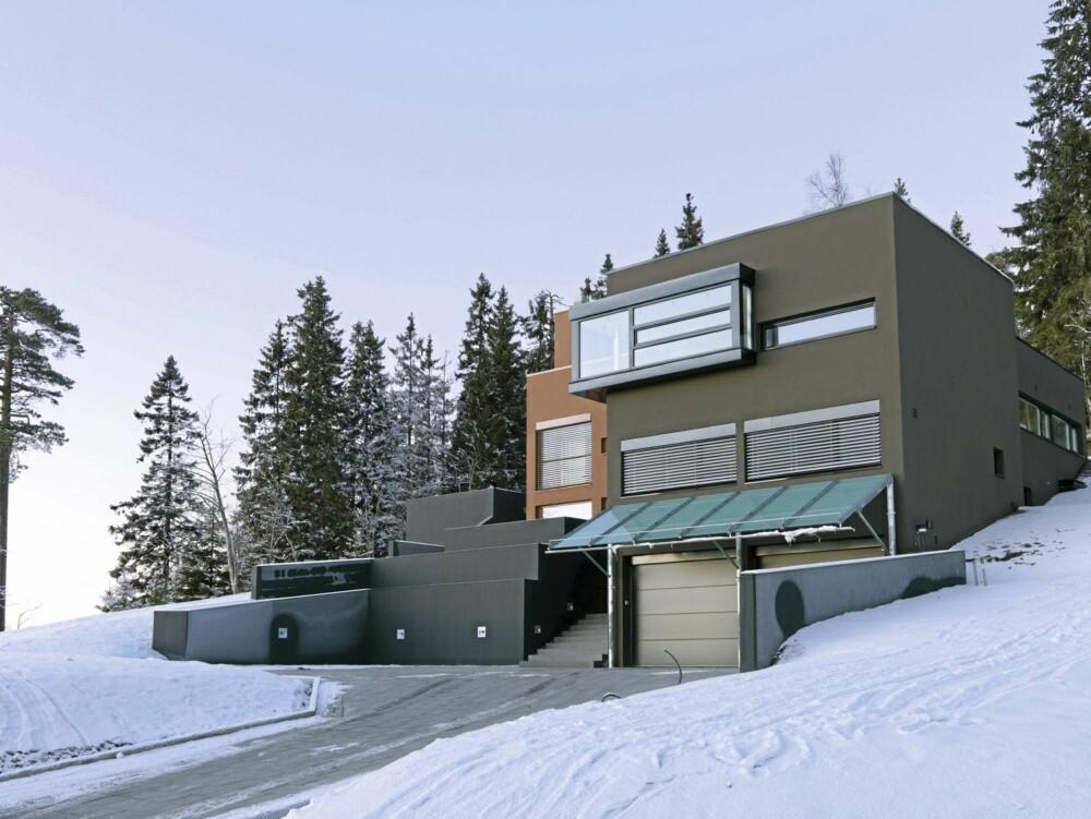 TILPASSET HUSET TIL TOMTEN: Her ser du hvordan arkitekt Bengt Espen Knutsen delte opp og la de enkelte elementer i anlegget på tomten.