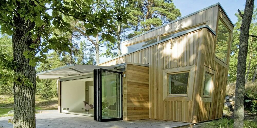 PROTESTHYTTA: Arkitekten ønsket å skape en hytte som var et korrektiv til den overflødige arealbruken ute og inne, som hun mener er en følge av blant annet for uktitisk bruk av digitale verktøy.