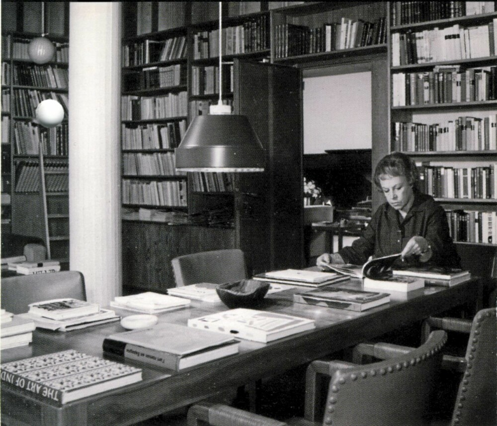 EN ILDSJEL: Maiera Gullichsen i arbeid i biblioteket.