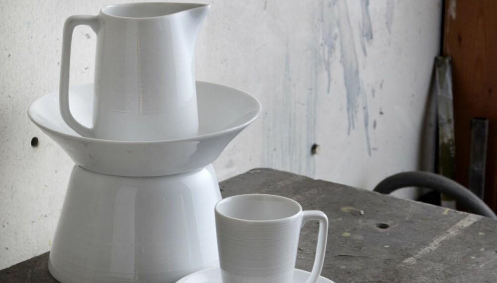PREMIE: Vinn ett av FEM  sett med 2 stk. Whitewood kopp og skål fra Wik & Walsøe, verdi kr 470.