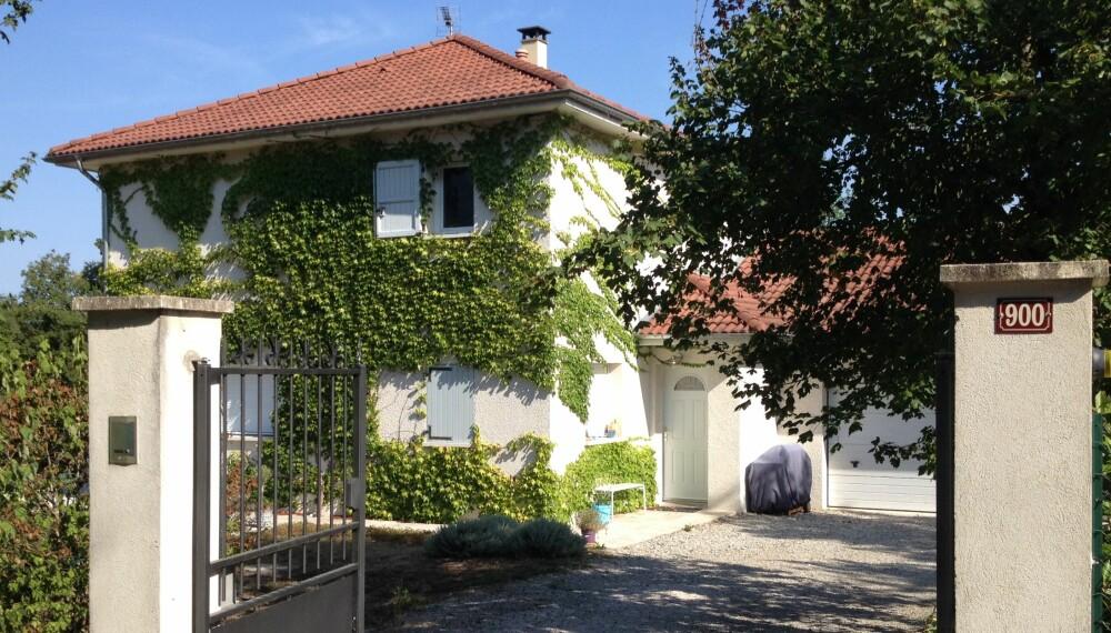 BOLIGBYTTE: Denne sjarmerende villaen i Frankrike kan bli din i to uker. Men da må familien som bor der få lov til å bo hjemme hos deg.