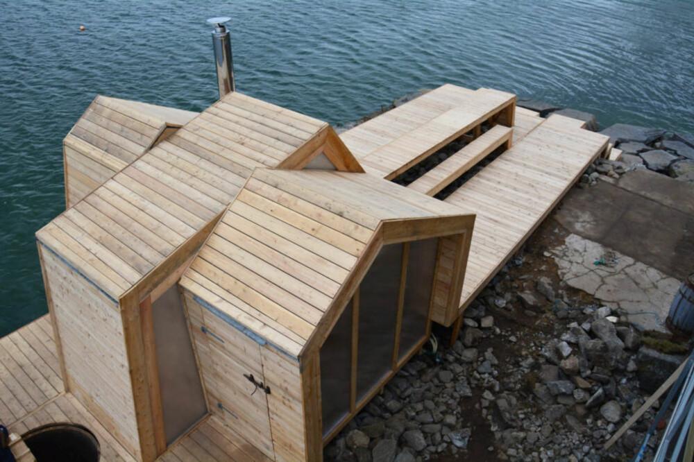 NIVÅER: Bildet viser hvordan badstuen både er en tradisjonell badstue og et oppholdssted med sitteplasser og plattinger.