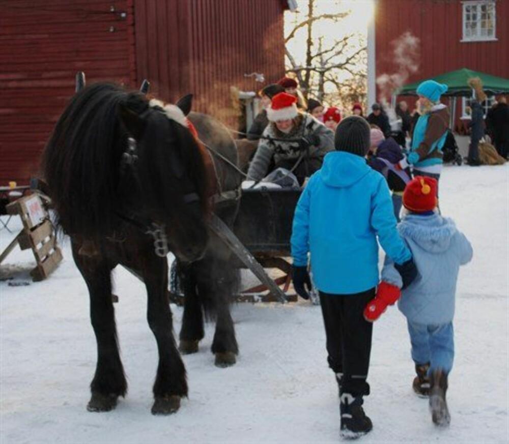 JULEMARKED I NORGE: Første søndag i advent omdannes Vøienvolden gård til et lite førjulsrike for både store og små!