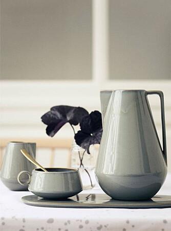 HÅNDVERK: Vakkert steingods fra Ferm Living vil appellere til din indre håndverker. Kanskje du skal lage ditt eget i 2015? FOTO: Ferm Living