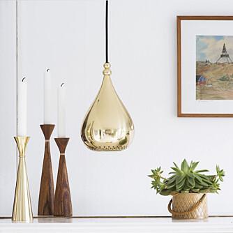 METALL: Dråpe-lampen er Kokaas sin favoritt denne høsten. FOTO/Produsent: Funkydory.