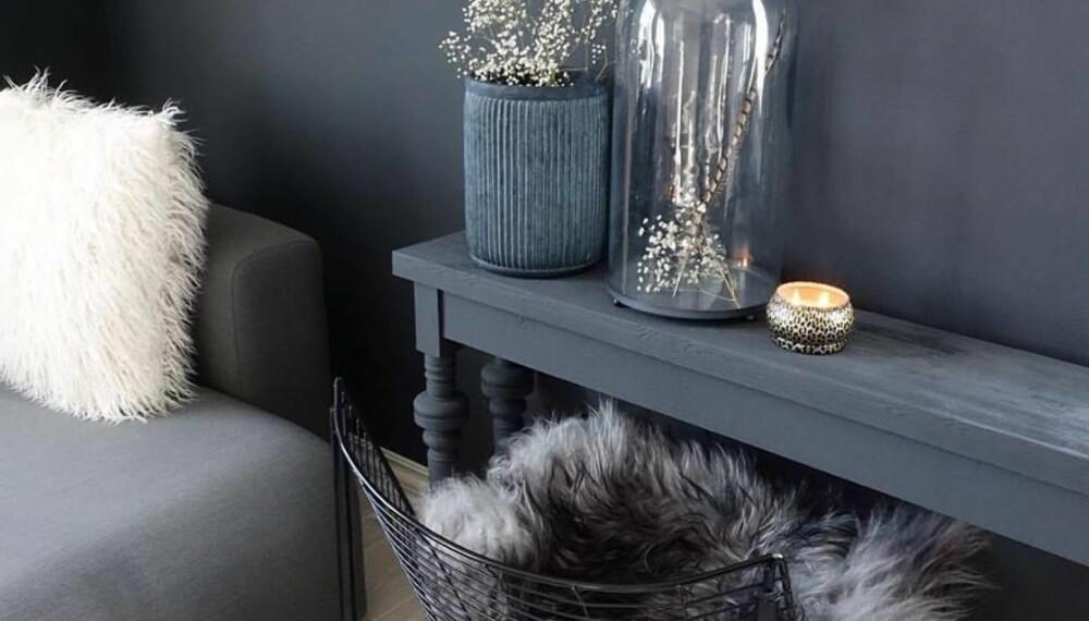 KALK: Kalkmaling er blant de nyeste trendene, og kan brukes på både vegg, møbler og tilbehør. FOTO/Produsent: Fargerike, Pur&Original.