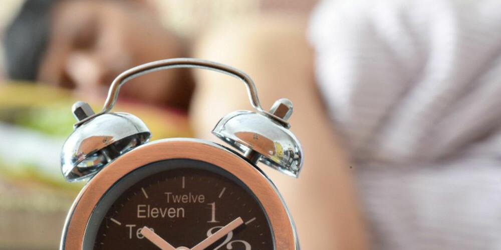 SOVER IKKE NOK: De fleste som ble spurt om sine sovevaner og morgenrutiner innrømmer at de ikke tror at de sover nok timer hver natt.