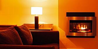 VARM BOLIG: Ofte skal det ikke mer til enn små enkle tiltak for å hindre at varmen stikker av.