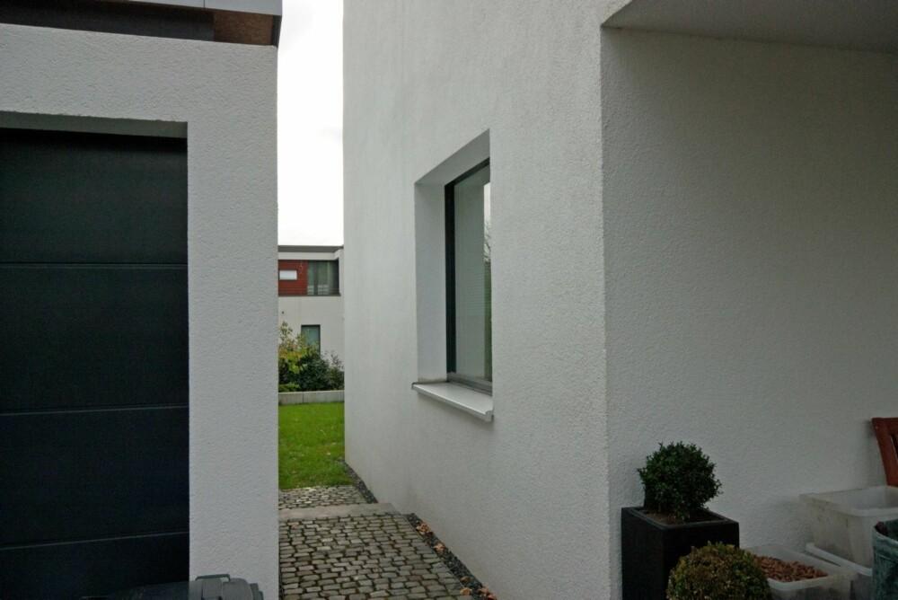 VARMEBROER: Et annet viktig prinsipp med passivhus er at man ikke skal ha varmebroer, gjennomgående konstruksjoner som kan bidra til utilsiktet transport av varme. Derfor bygges for eksempel ikke garasjer inntil selve bygningskroppen.