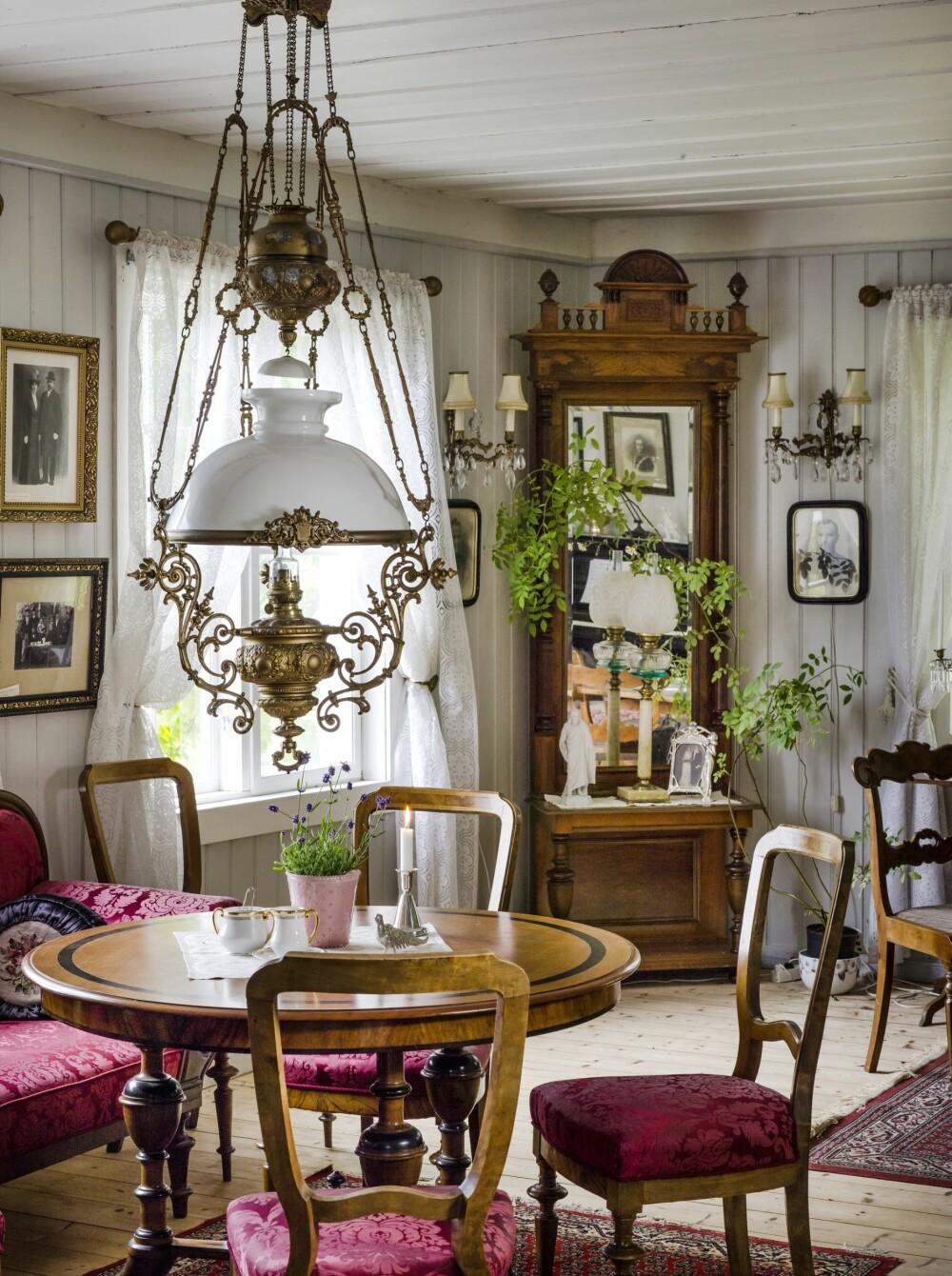 MIDTPUNKT: Gården var et midtpunkt i bygda på 1800-tallet og Aslakstrøm herredsstyre holdt møter her.