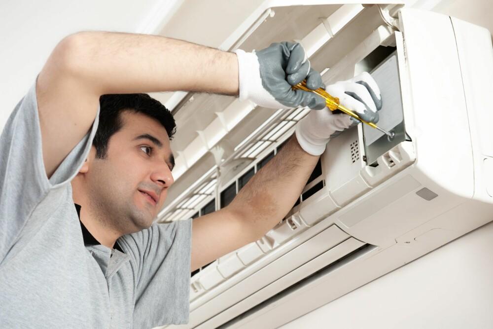 VEDLIKEHOLD: Du må selv sørge for vedlikehold av ditt balanserte ventilasjonsanlegg.