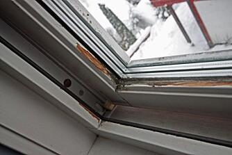 RESULTATET: Får fukten lov til å stå lenge nok, vil det blant annet kunne føre til råte, som i denne vinduskarmen.