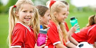 VÆR SOSIAL: Få med deg barna på sosiale aktiviteter. Da lærer de seg å være sammen med mange ulike mennesketyper.