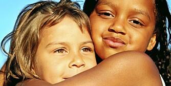 VENNER: Barn danner vennskap fra de er så små som 1 år.