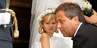 Arve Juritzen og datteren Aida var med da standup-mogul Elina Krantz giftet seg i sommer.