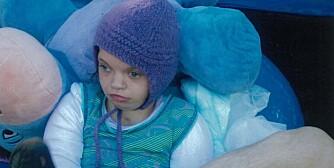 SJELDENT SYNDROM: Ane (16)  lider av  Wolf-Hirschhorn syndrom. Hun har hatt mange fine år, men for ett år siden ble hun rammet av  alvorlig nyresvikt.