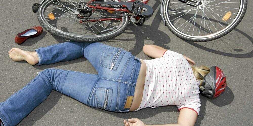 FÆRRE HODESKADER: Bruk av sykkelhjelm reduserer risikoen for alvorlige hodeskader med mellom 60 og 80 prosent.