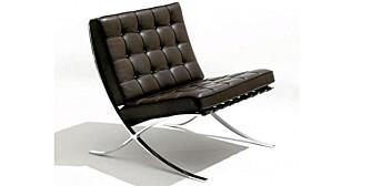 KLASSIKER: Du sitter nok godt i denne stolen. Mies van der Rohen sin orginale design, produsert av Knoll.