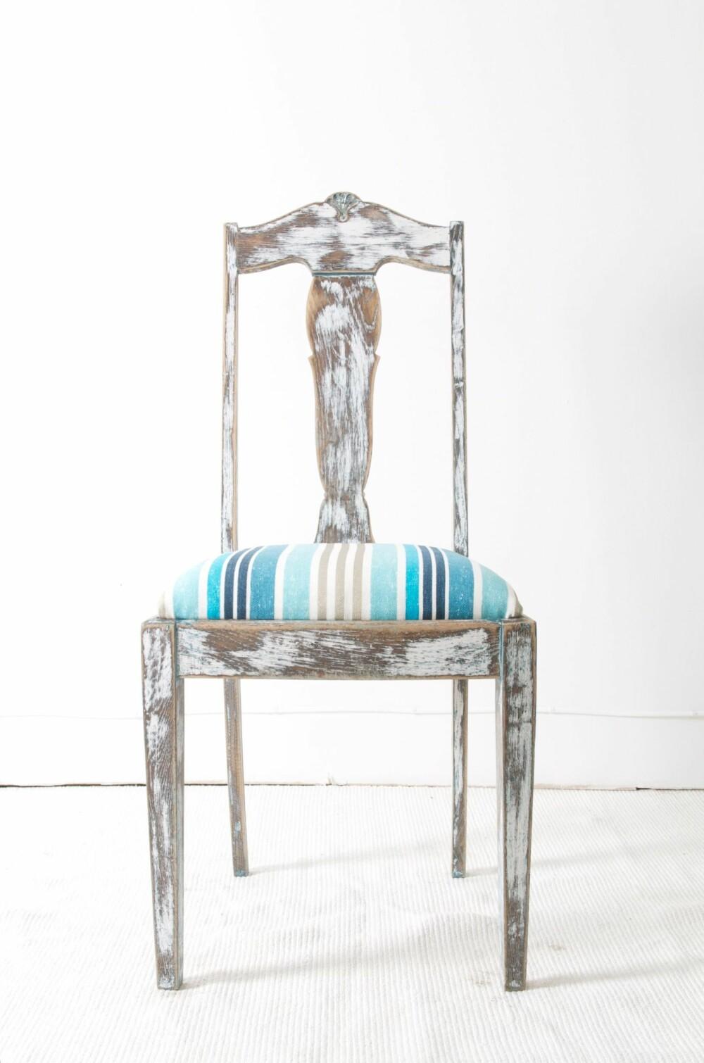 DRISTIG GJENBRUK: Redesignfirmaet Vivoli har gitt den gamle stolen et nytt uttrykk ved å slipe den ned og trekke den om.