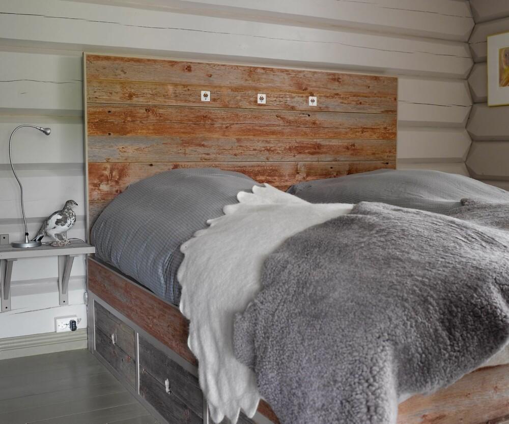 GJENBRUK: Gamle låvevegger kan fint gjenbrukes som hodegjerde på soverommet.