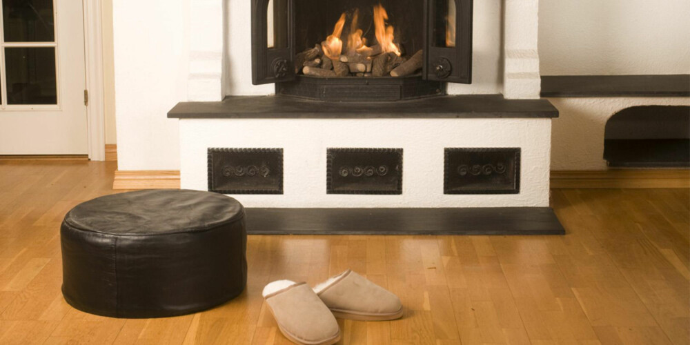 PASS PÅ: Møbler må ikke plasseres for nær varmekilder i boligen. Det forkorter levetiden dramatisk sier ekspertene.