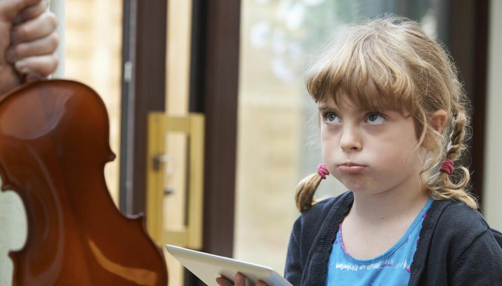 LEVER GJENNOM BARNA: Kanskje drømte du om en lysende musikkarriere, men når den ikke ble noe av ønsker du at barna dine skal få det til i stedet?