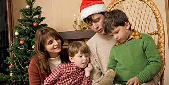 HJEMMEKJÆR: Julen er familiehøytid. Nesten ingen feirer i utlandet eller hos venner.