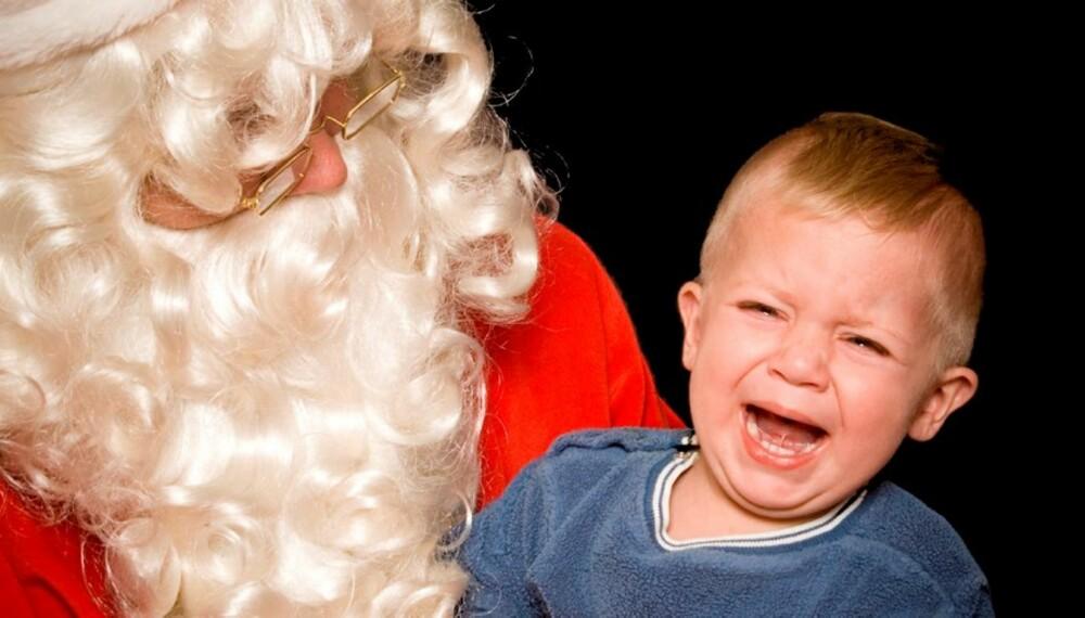 REDD FOR NISSEN: La barnet nærme seg nissen forsiktig. Trekk deg tilbake hvis barnet blir redd.