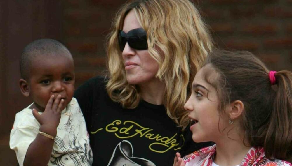 Madonna med David og datteren Lourdes
