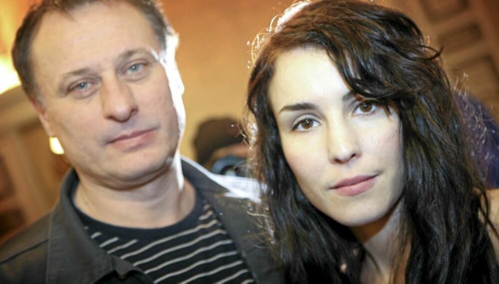 """TO ROLLER: Noomi Rapace hadde problemer med å være mamma samtidig som hun """"var"""" Lisbeth Salander. Her sammen med Michael Nyqvist , som spiller Mikael Blomkvist."""