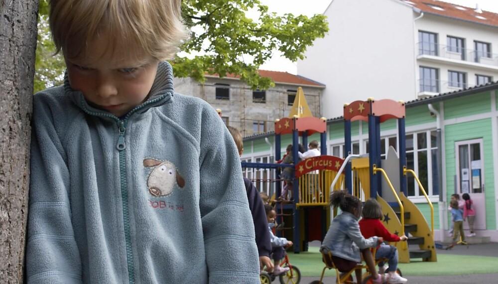 MOBBING KAN FOREBYGGES: Et inkluderende og raust miljø blant barna skapes ved å være rause og inkluderende voksne, mener mobbeekspert Kristin Oudmayer.
