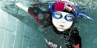 LETTERE Å KRÅLE: Det er faktisk lettere for barn å lære å kråle enn vanlig brystsvømming.
