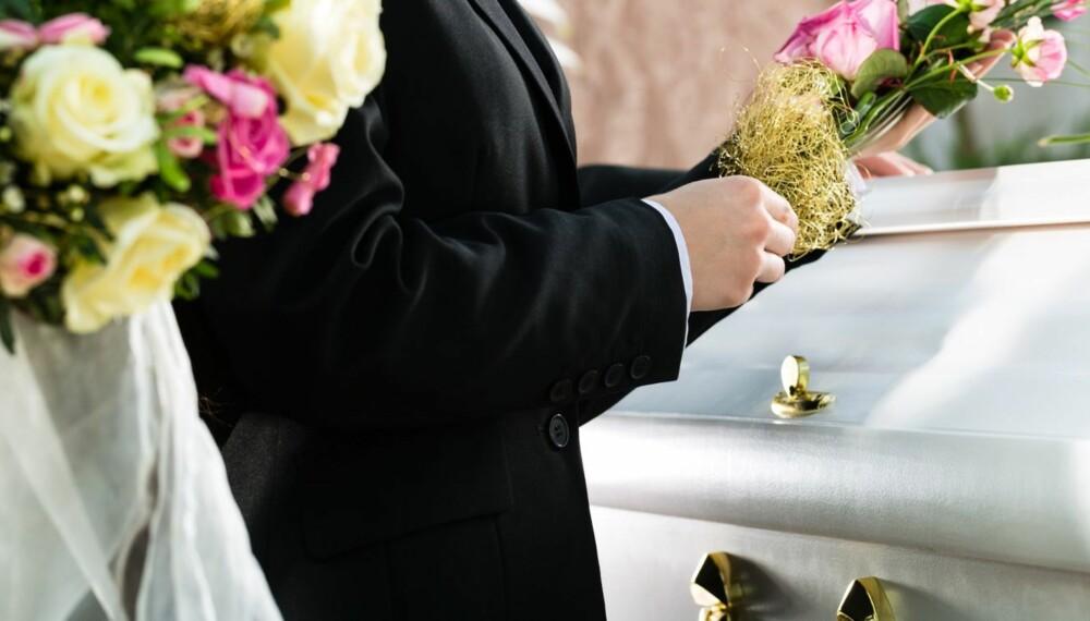 TA FARVEL: For barn er det å ta farvel noe konkret, og de kan oppleve at de går glipp av noe viktig hvis de ikke får være med i begravelsen til noen de er glade i.