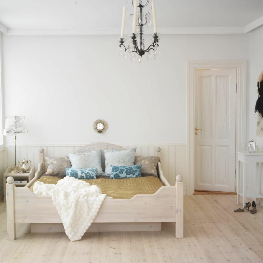 HVITT: Lyse vegger, tak, dører og lister vil reflektere lyset og gi et luftig og lett interiør.