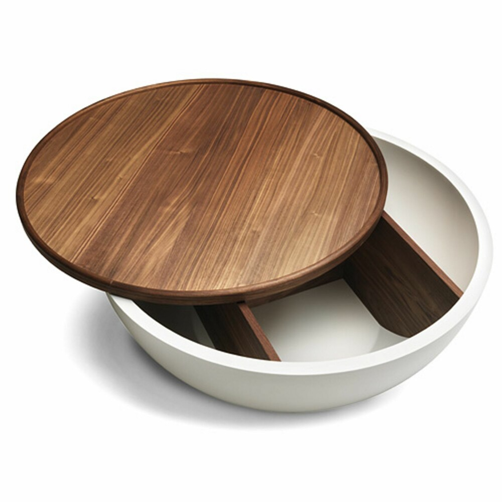 MULTIFUNKSJONELT: Dette bordet fra Bolia, har skjult oppbevaringsplass under bordflaten.