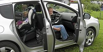 NESTEN SUV: Dessuten rimelig og praktisk til tusen. Peugeot 3008 er familie bil med stor F.