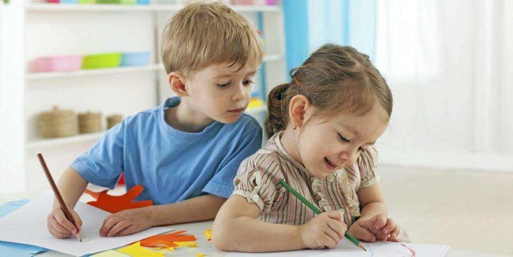 INNELIV: Mange foreldre er bekymret for at barna er for mye inne. Barnehageloven sikrer ikke barnas utetid.