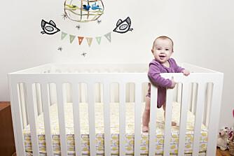 NÅR BABYEN SOVER LITE: Hvordan få babyen til å sove lengre om morgenen? Vi gir deg tipsene!