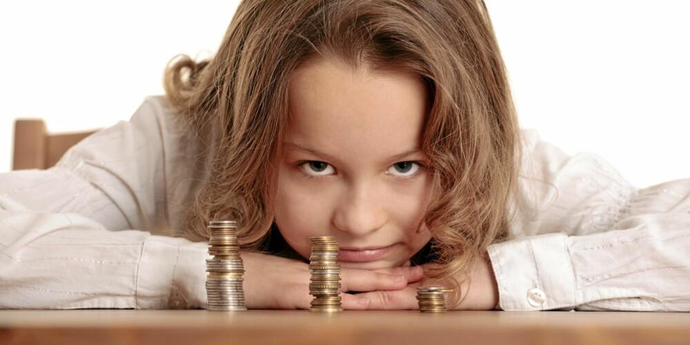 VANSKELIGE SUMMER: Barn har ofte ikke begrep om store pengesummer, selv om de gjerne vil vite akkurat hvor mye foreldrene tjener.