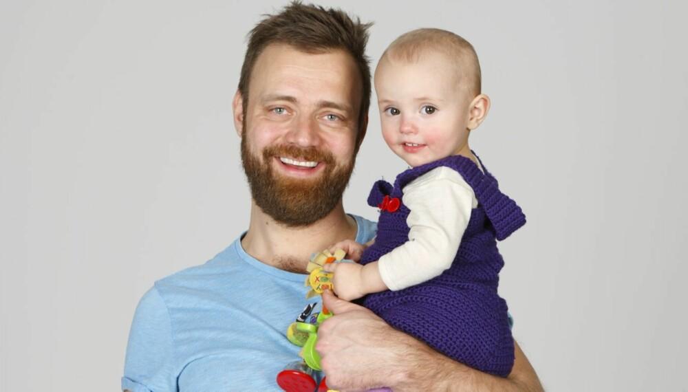 ALENETID: Thorbjørn Brook Steen mener at barna alle barn fortjener alenetid med foreldrene innimellom. Men med fire barn er det ikke så lett å få til. Her sammen med datteren Ragnhild.