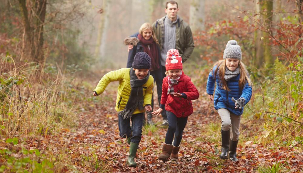 TRIVES PÅ TUR: Barn som blir mast ut på tur av foreldrene sine trives godt når de først er ute. Så ikke få dårlig samvittighet av å tvinge ungene ut.