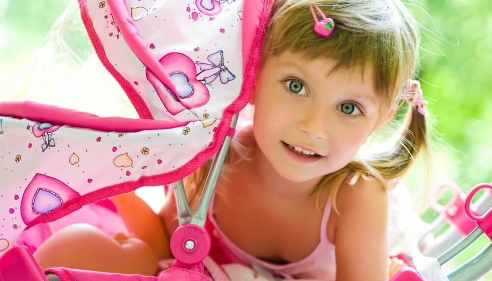 e9f27eaa KJØNNSBESTEMT: Produkter til små barn er mye mer kjønnsbestemt enn til  voksne. Jenter har