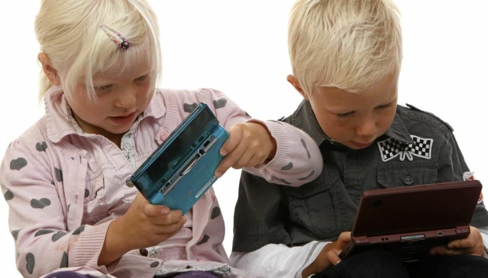 HELT HEKTA: Mange foreldre har erfart at det er vanskelig å rive 5-åringen løs fra DS-en.
