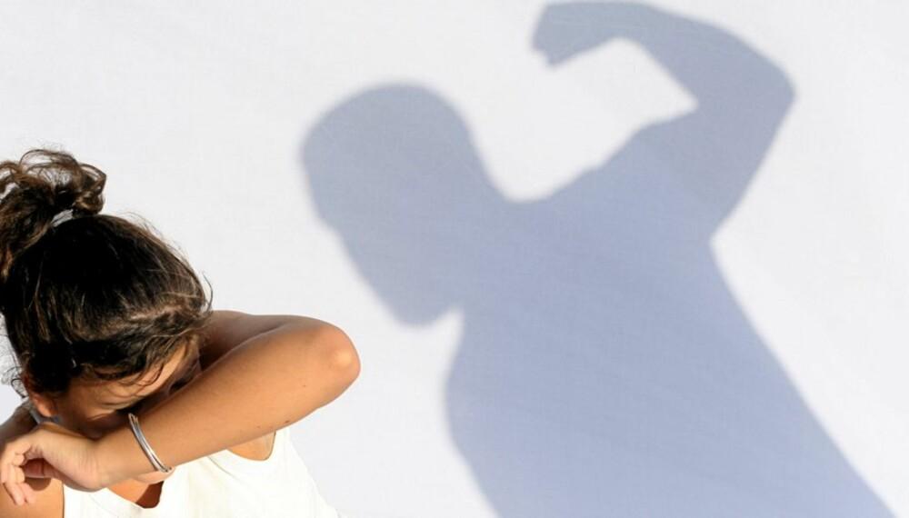 PÅVIRKER BARNA: Psykisk og fysisk vold mot kvinner kan føre til økt dødelighet og dårligere helse hos barna.