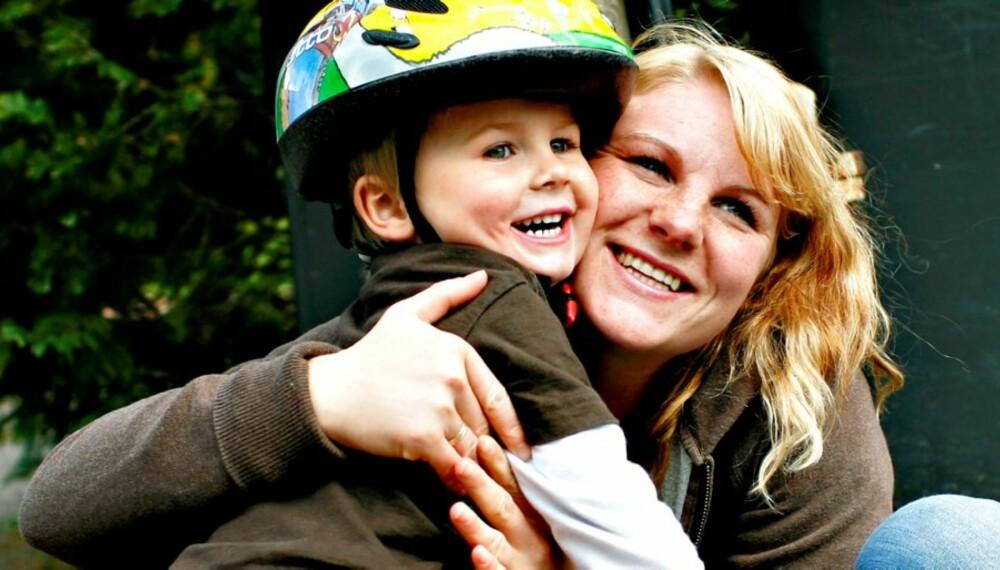 LYKKELIG BARNDOM: Den romantiske forestillingen om mødre med mye tid er ikke alltid ensbetydende med barnas beste, viser ny forskning.